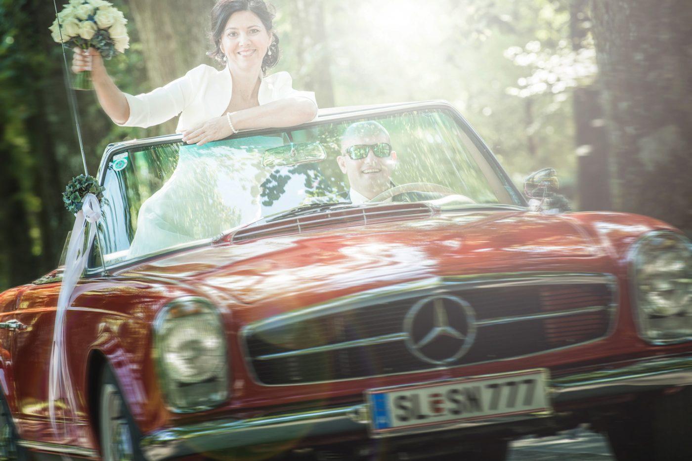 Hochzeit, Oldtimer, MB, Braut,